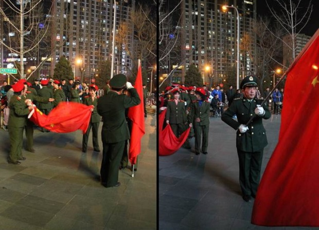 De parade stelt zich op