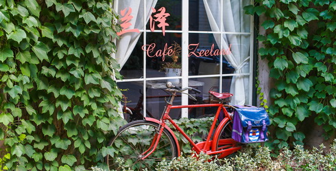 (110) Café Zeeland