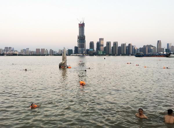 (218) Gratis openluchtzwembad-1