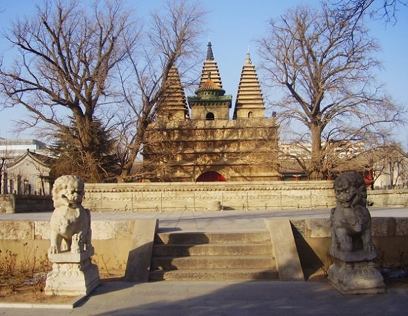 (222) Five Pagoda Temple-1
